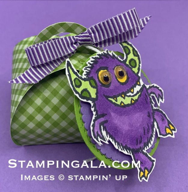 Mini Keepsakes die, Halloween treat holder using Boo to You stamp set